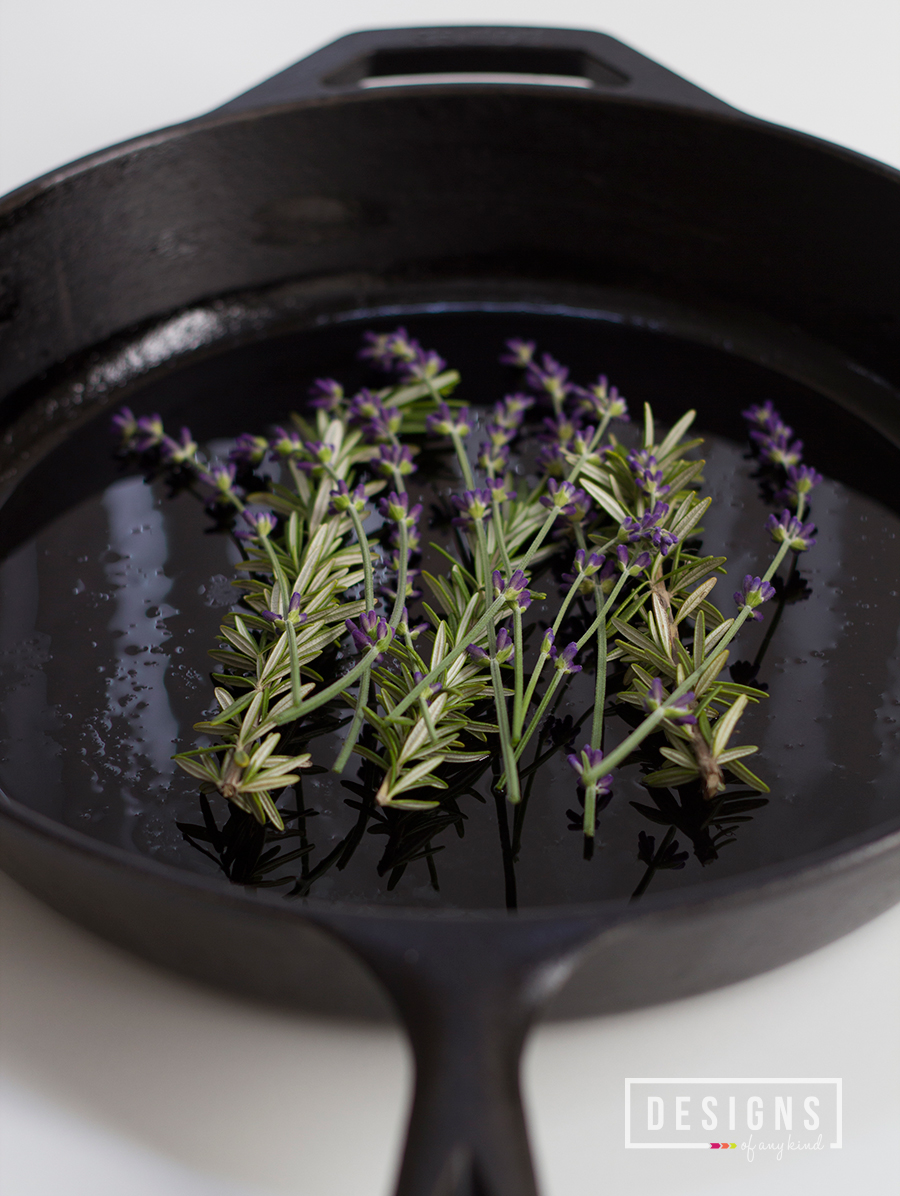 Lavender, Rosemary and Lemon Roasted Chicken | designsofanykind.com
