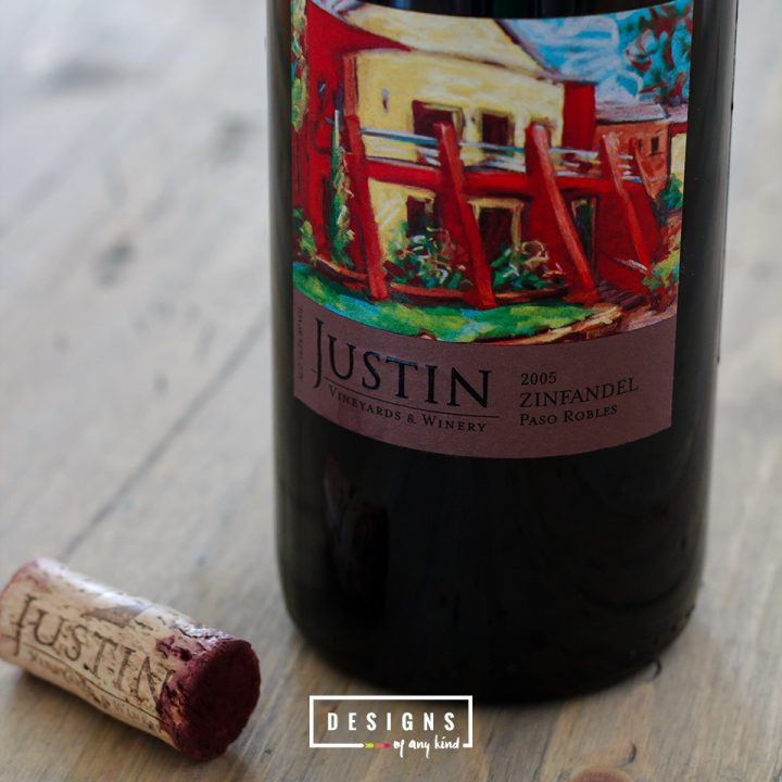 Just Tasted // 2005 Justin Zinfandel Paso Robles. Medium bodied Zinfandel loaded with dark fruits, spice, tobacoo and vanilla. Find out more at designsofanykind.com
